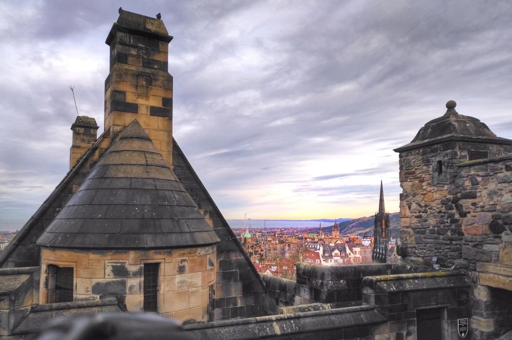 panorama su edinburgh old town